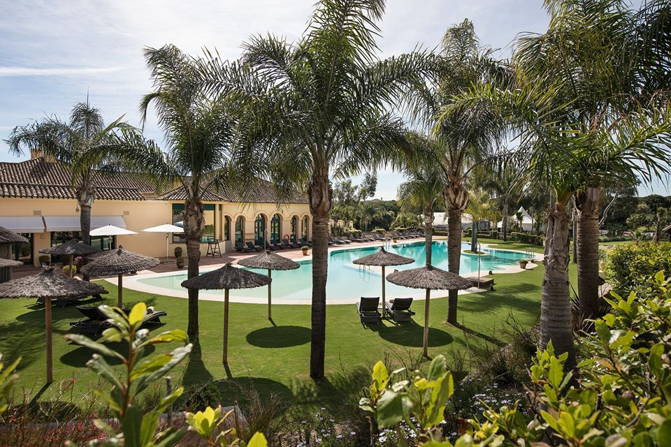 almenara-hotel-pool